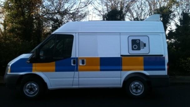 Do speed camera vans flash?