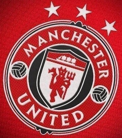 Pic The Man Utd Crest Could Be Set For An Overhaul Joe Is The Voice Of Irish People At Home And Abroad