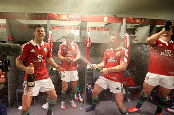 Mike Phillips, Jonathan Sexton and Tommy Bowe celebrate after the match 6/7/2013