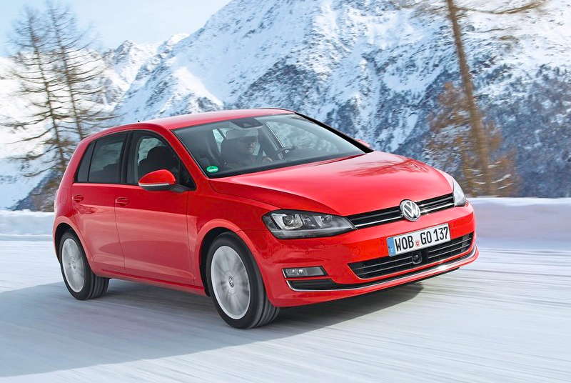 Volkswagen-Golf_4Motion_2014_800x600_wallpaper_05