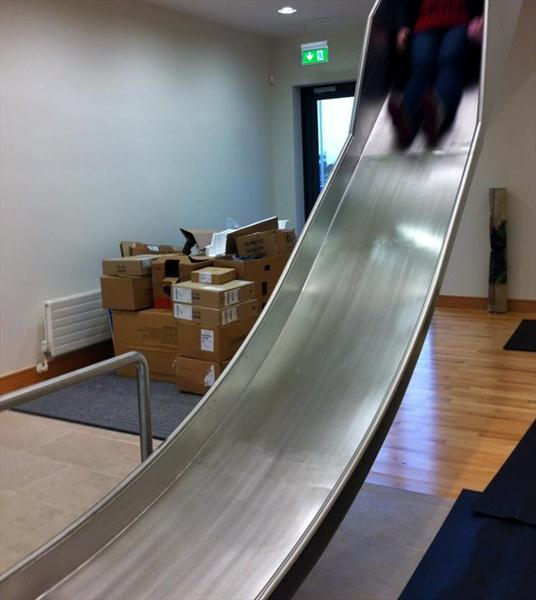 Pics Ryanair S New Office Looks Like A Seriously Fun