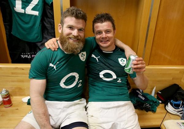 Gordon D'Arcy and Brian O'Driscoll celebrate 15/3/2014