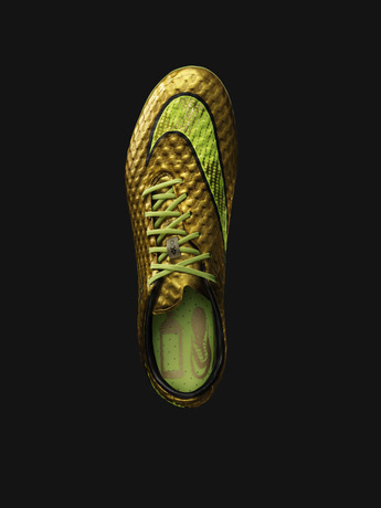 Neymar gold Nike 2
