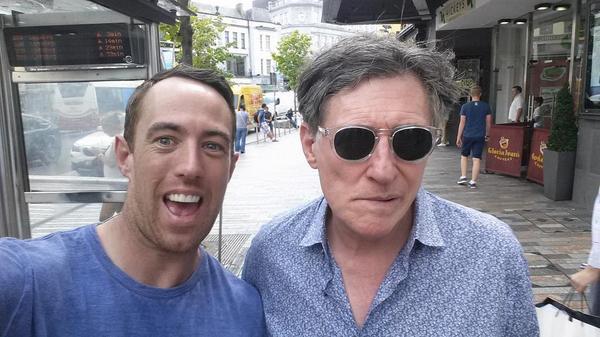 Gabriel Byrne selfie
