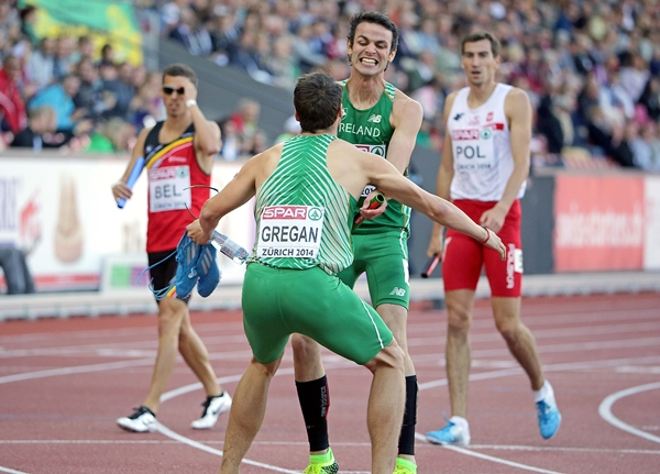 Thomas Barr celebrates after setting a new National Record withBrian Gregan 16/8/2014