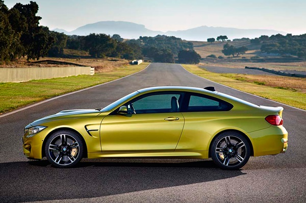 2014-bmw-m4-coupe-side-view