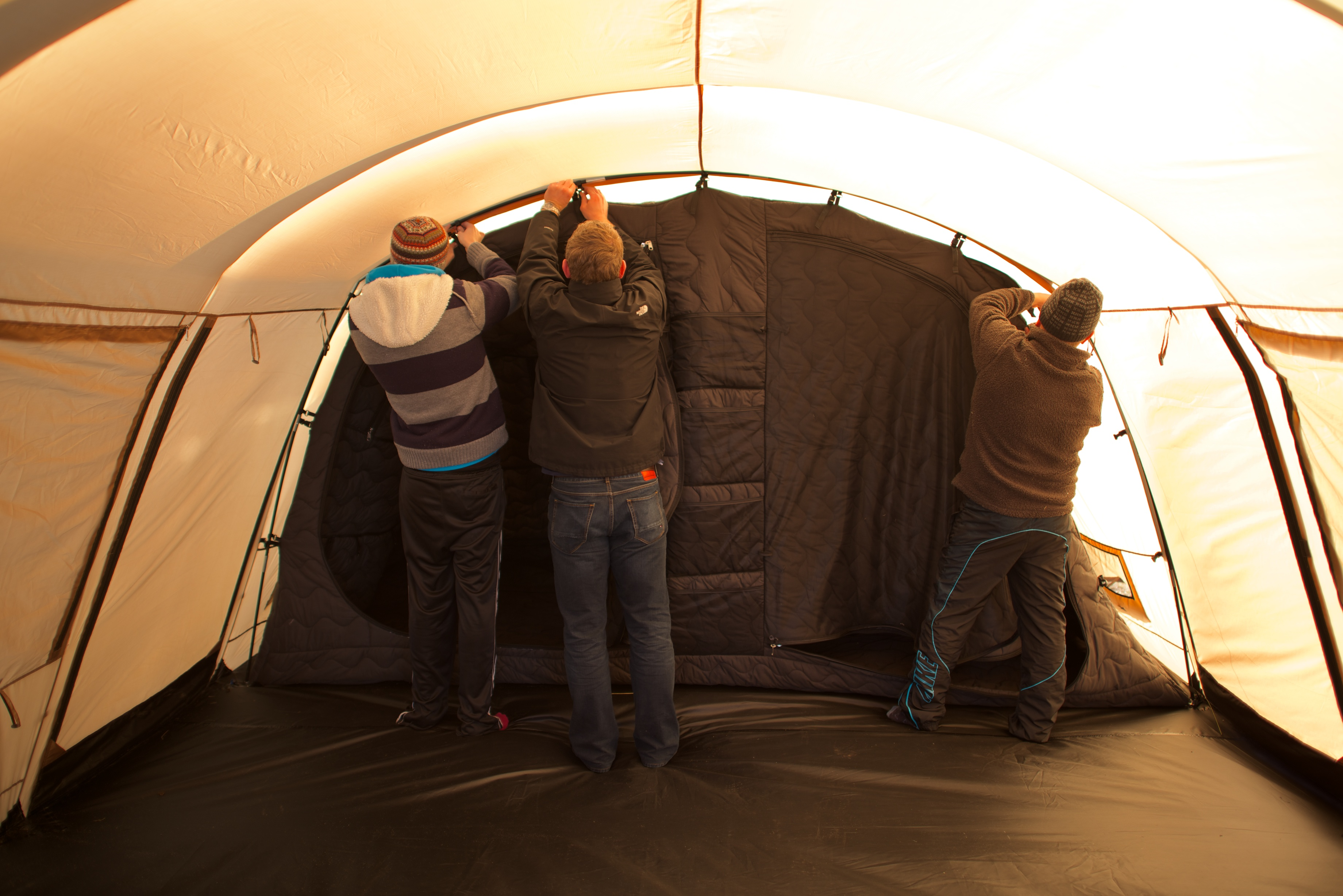 ... youu0027ll be able to pre-order Thermo Tents through Kickstarter.com or through thermotents.com u2013 and weu0027ll be in selected stores throughout Ireland ... & JOE meets the Irishman behind Thermo Tent - the worldu0027s u0027very ...