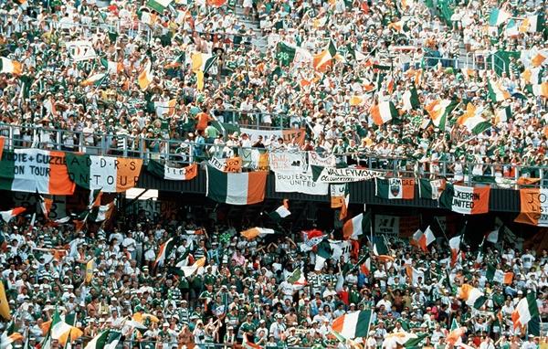 Ireland fans 1990