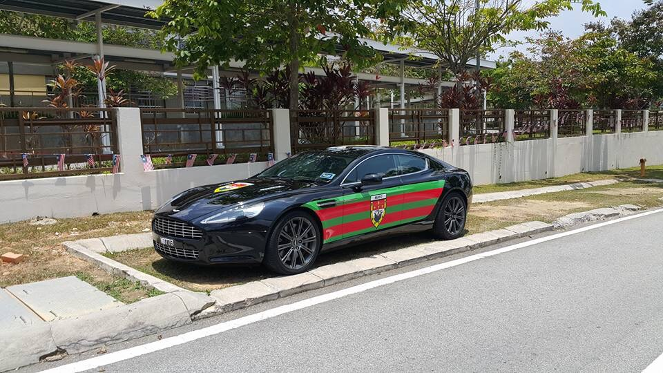 Pic Mayo Man In Malaysia Transforms Luxury Aston Martin