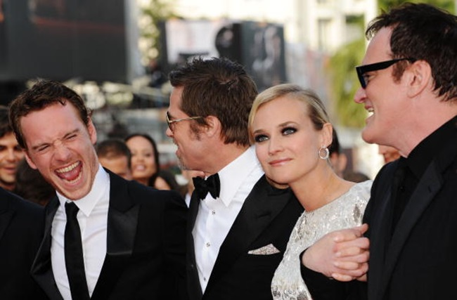 CANNES, FRANCE - MAY 20: (Left to Right) Actors Michael Fassbender,Brad Pitt with actress Diane Kruger and Quentin Tarantino attends the Inglourious Basterds Premiere held at the Palais Des Festivals during the 62nd International Cannes Film Festival on May 20th, 2009 in Cannes, France. (Photo by Pascal Le Segretain/Getty Images)