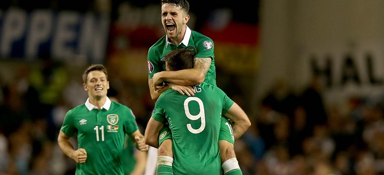 UEFA EURO 2016 Qualifier, Aviva Stadium, Dublin 8/10/2015 Republic of Ireland vs Germany Ireland's Shane Long celebrates with Robbie Brady and Wes Hoolahan at the end of the game Mandatory Credit ©INPHO/Donall Farmer