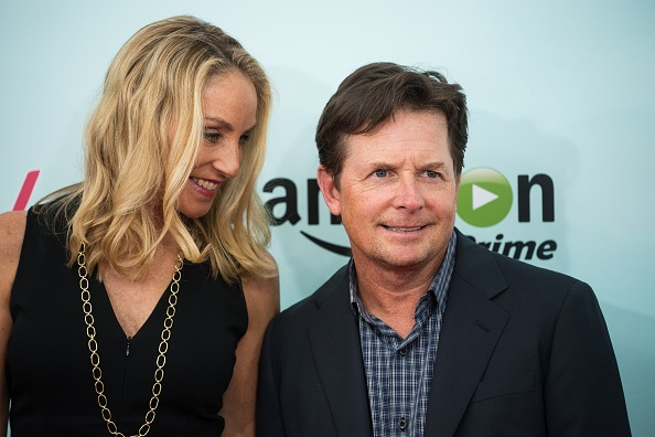 """NEW YORK, NY - SEPTEMBER 29: Tracy Pollan (L) and Michael J. Fox attend the """"Red Oaks"""" Series Premiere at the Ziegfeld Theater on September 29, 2015 in New York City. (Photo by Mark Sagliocco/Getty Images)"""