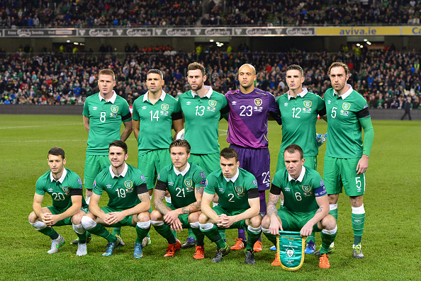 DUBLIN, IRELAND - NOVEMBER 16: The Republic of Ireland team pose for a tem photograph before the Euro 2016 play-off second leg match between the Republic of Ireland and Bosnia-Herzegovina at Aviva Stadium on November 16, 2015 in Dublin, Ireland. (Photo by Charles McQuillan/Getty Images)