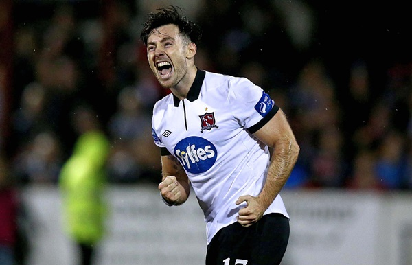 SSE Airtricity League Premier Division, Oriel Park, Dundalk 30/10/2015 Dundalk vs Bray Wanderers Dundalk's Richie Towell celebrates scoring his side's fourth goal Mandatory Credit ©INPHO/Donall Farmer