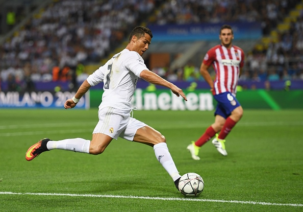MILAN, ITALY - MAY 28: Cristiano Ronaldo of Real Madrid in action during the UEFA Champions League Final match between Real Madrid and Club Atletico de Madrid at Stadio Giuseppe Meazza on May 28, 2016 in Milan, Italy. (Photo by Shaun Botterill/Getty Images)