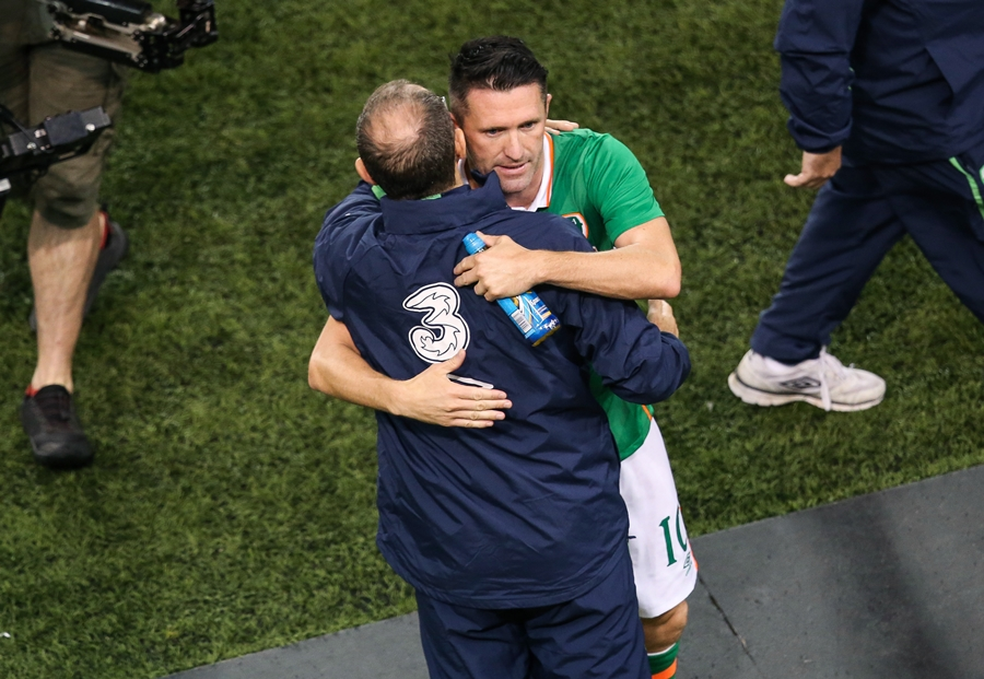Three International Friendly, Aviva Stadium, Dublin 31/8/2016 Republic of Ireland vs Oman Ireland's Robbie Keane embraces manager Martin O'Neill after playing his final game for Ireland Mandatory Credit ©INPHO/Gary Carr