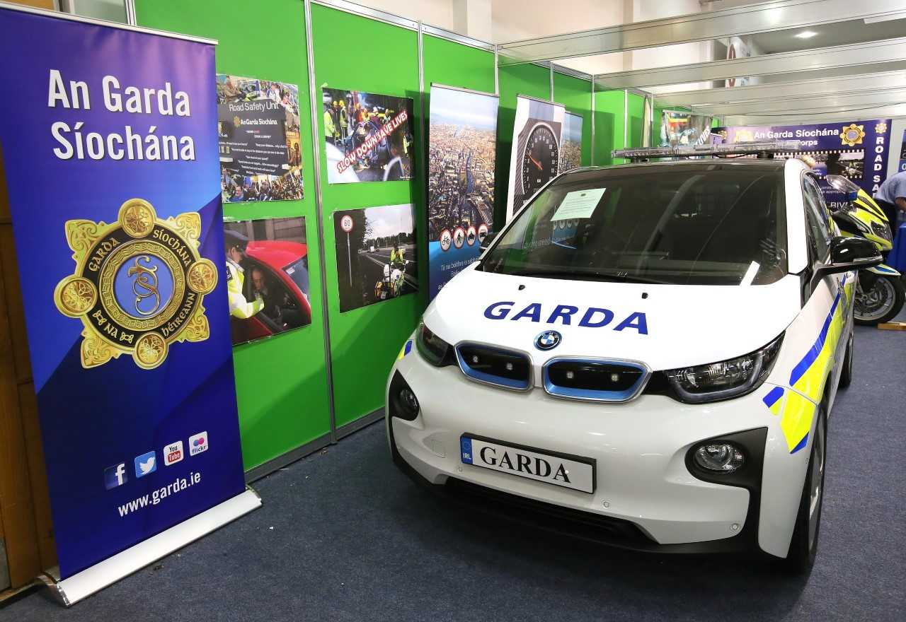 Gardai To Trial Ground Breaking Bmw Electric Vehicle In Ireland